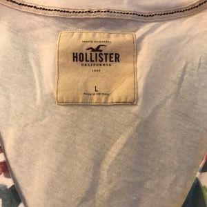 hollister. large. t.